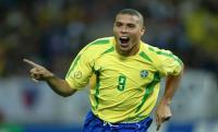البرازيلي رونالدو: ميسي رقم واحد في عالم الكرة