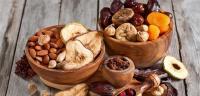 الى مرضى السكري ..  لا تتناولوا الفواكه المجففة