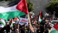 """الفلسطينيون يحتجون على صفقة القرن و""""إسرائيل"""" تتأهب"""