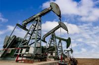 النفط ينخفض