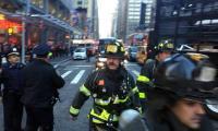 """انفجار """"مجهول المصدر"""" في وسط مانهاتن بنيويورك"""