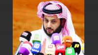 """تركي آل الشيخ """"ينسحب"""" من الاستثمار الرياضي بمصر"""