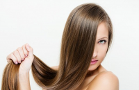 كيف تبطئ تساقط الشعر وتحمي نفسك من الصلع؟