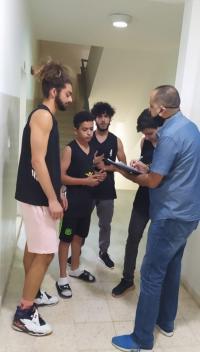 فحص كورونا لجميع لاعبي كرة السلة بمجمع الأمير هاشم