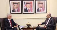 الصفدي: اللجوء يزيد الضغوط على الأردن
