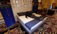 """""""سرير ذكي"""" يمنع الشخير ويعمل كمنبه (فيديو)"""