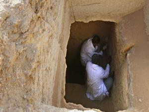 اكتشاف مقابر من عصر الدولة القديمة بمصر