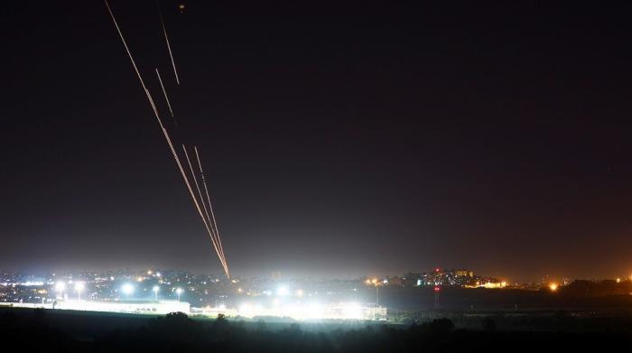 """دوي صفارات الإنذار جنوب """"إسرائيل"""""""