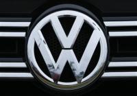 (فولكسفاجن) تصلح (20) ألف سيارة أسبوعياً