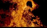 احرق نفسه ليفرج عن شقيقه المسجون