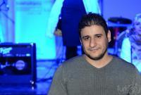يزيد العبداللات يرزق بــ (أحمد)