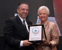 تكريم البنك العربي الاسلامي الدولي لدعمه المجلس التمريضي