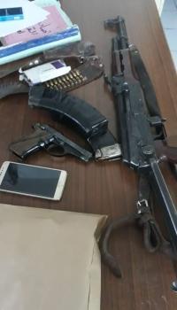 ضبط صاحب اسبقيات تبادل اطلاق النار مع الشرطة