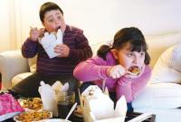 دراسة بريطانية تكشف علاقة طلاق الوالدين بسمنة أبنائهما