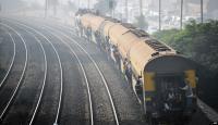 امرأة روسية تخلع ملابسها بالقطار والسبب غير متوقع