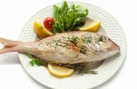 تناول الأسماك بكثرة يقي من الشلل الرعاش