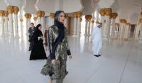 إيفانكا ترامب ترتدي الحجاب في أبوظبي