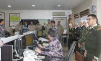 وفد من الخدمات الطبية يزور دفاع مدني غرب عمان