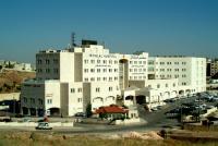 الشيخ العذل يشتري 20 الف سهم من اسهم مستشفى الاستقلال