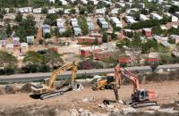 الاحتلال يجرف أراضٍ في (سلفيت) لتوسيع مستوطنة