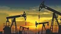 أمريكا تعلن استعدادها لاستخدام الاحتياطي النفطي