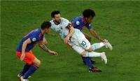 كولومبيا تصعق الأرجنتين بوجود ميسي