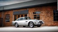 بيع سيارة استون مارتن من فيلم جايمس بوند بثمنٍ خيالي