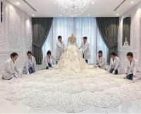 منظمة تتبرع بفساتين الزفاف لعرائس يعملن بالرعاية الصحية