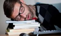 النوم اقل من 6 ساعات يؤدي إلى مرض خطير