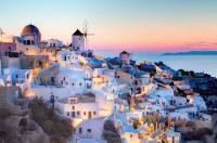 اليونان تفتح السياحة  لبلد عربي واحد