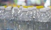 الصحة العالمية: الجزيئات البلاستيكية في مياه الشرب غير ضارة بالصحة