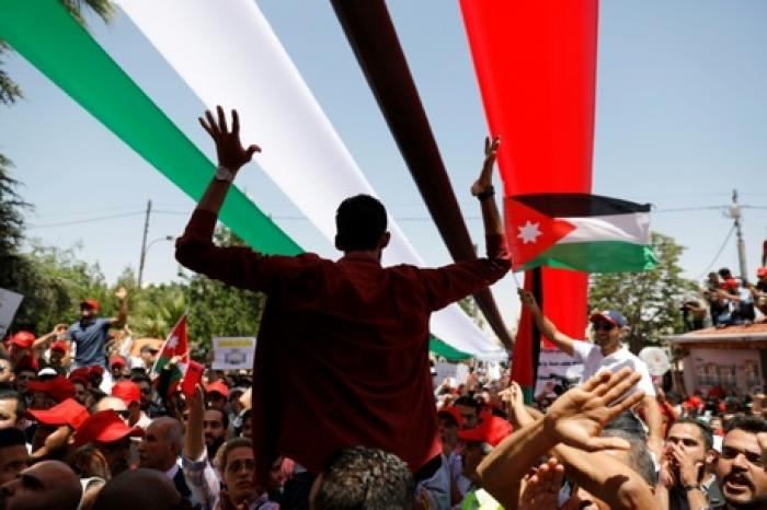 مساعدات سعودية بقيمة 13 مليون لـ 2000 اسرة اردنية