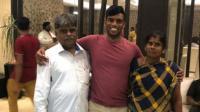 بعد 20 عاما هنديان يعثران على ابنهما المخطوف