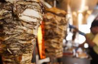 حمادة: 200 مليون دينار قيمة خسائر المطاعم والحلويات