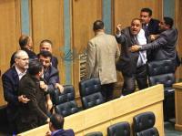 وزيرا صحة وأشغال مطلوبان بقضايا فساد ..  والنواب لم يرفع الحصانة