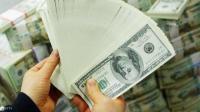 الدولار إلى أدنى مستوياته في أسبوعين