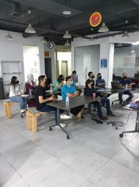 منصّة زين للإبداع تعقد ورشة تدريبية حول إنترنت الأشياء (IOT)