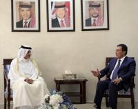 الطراونة يلتقي السفير القطري