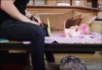 ساحر يشطر جسد طفلته لقسمين - فيديو