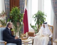 رسالة من الملك إلى أمير قطر