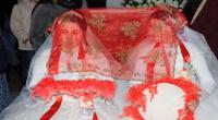 تركيا ..  حفل زفاف لشقيقتين دون عريس