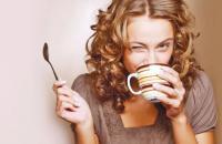 الشاي والقهوة وآثارههما الصحية و البدنية والعقلية