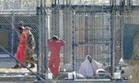 وصول 10 من معتقلي غوانتانامو الى سلطنة عمان