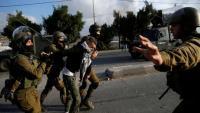 اعتقال 10 فلسطينيين في الضفة