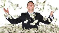 شاب يفوز بـ768.4 مليون دولار - صورة