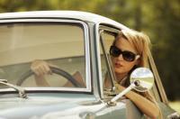 دراسة: النساء اكثر مهارة من الرجال بقيادة السيارات