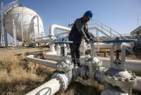 العقوبات الأمريكية على طهران تخفض أسعار النفط