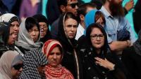 رئيسة وزراء نيوزلندا تشارك بتشييع الشهداء