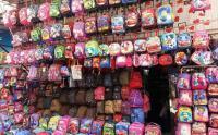 انخفاض أسعار الحقائب المدرسية 10%
