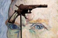 بيع مسدس انتحر به فان جوخ بـ 145 ألف دولار